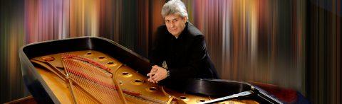 Piazzolla en piano – Mario Parmisano